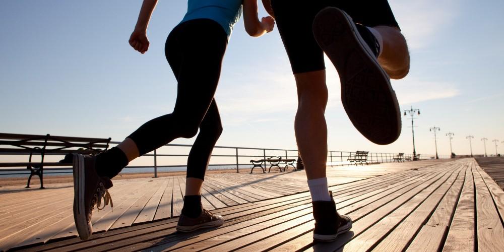 Triada del atletismo femenino: problemas causados por el ejercicio extremo y la dieta
